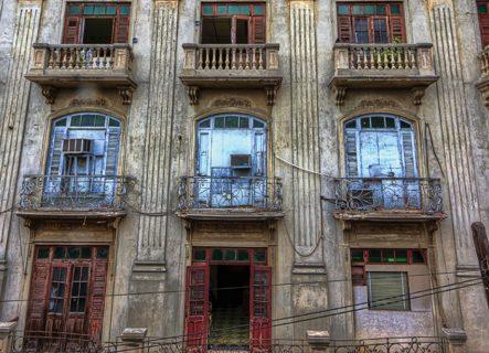 Calle El Conde, Ciudad Colonial de Santo Domingo. Diseño: Benigno Trueba.